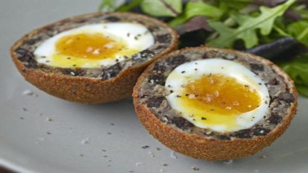 black-pudding-scotch-eggs