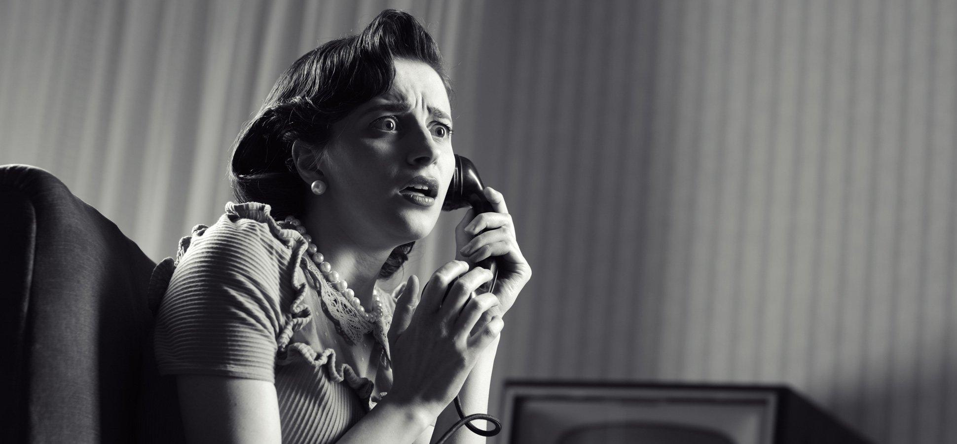 phone-anxiety-drama-retro_1940x900_33730